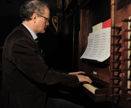 I versetti per organo del giovane Giacomo Puccini e il canto gregoriano