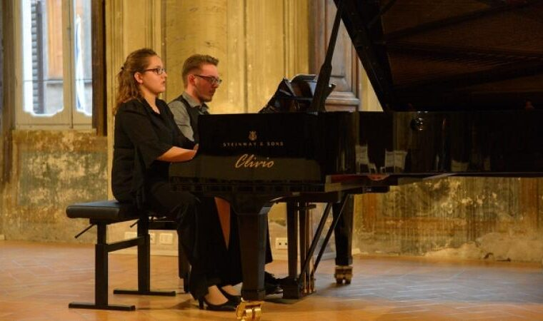 Duo pianistico Elia e Betsabea Faccini